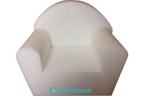 Детское кресло из поролона